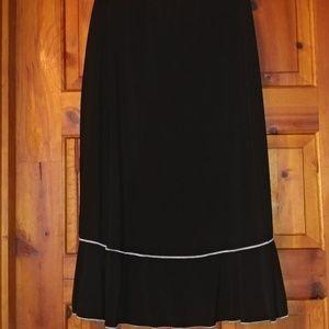 Comfy Susan Lawrence black skirt
